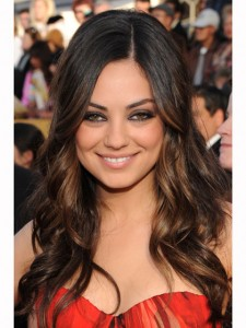 MILA KUNIS'S LONG BOHO LAYERS